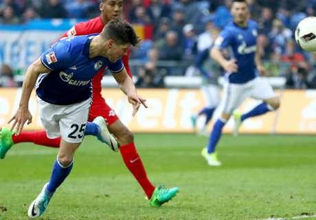 Huntelaar frustrates RB Leipzig