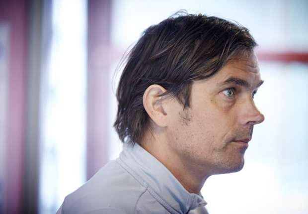 Phillip Cocu undergoes operation to remove tumor