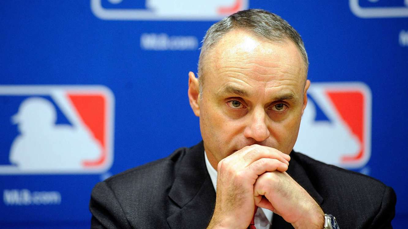 Rob Manfred defends speed-of-play ideas