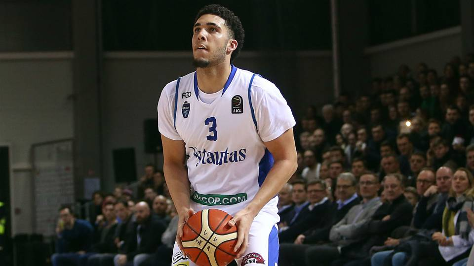 NBA Draft 2018: LiAngelo Ball works out for Warriors, confident he'll be selected