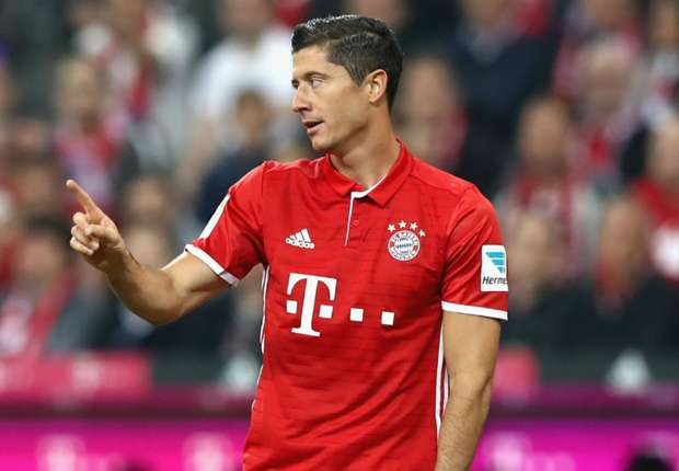 Lewandowski in no rush over Bayern contract