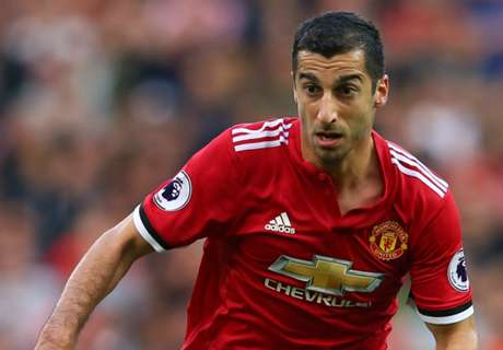 What the hell has happened to Mkhitaryan?