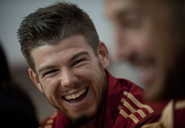 DONE DEAL: Liverpool to sign Moreno from Sevilla
