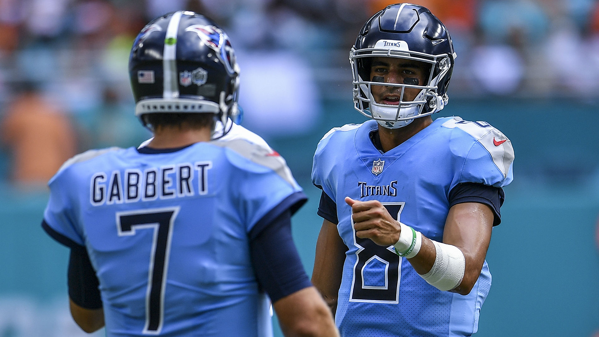 Marcus Mariota now playing after starting game for Titans on bench