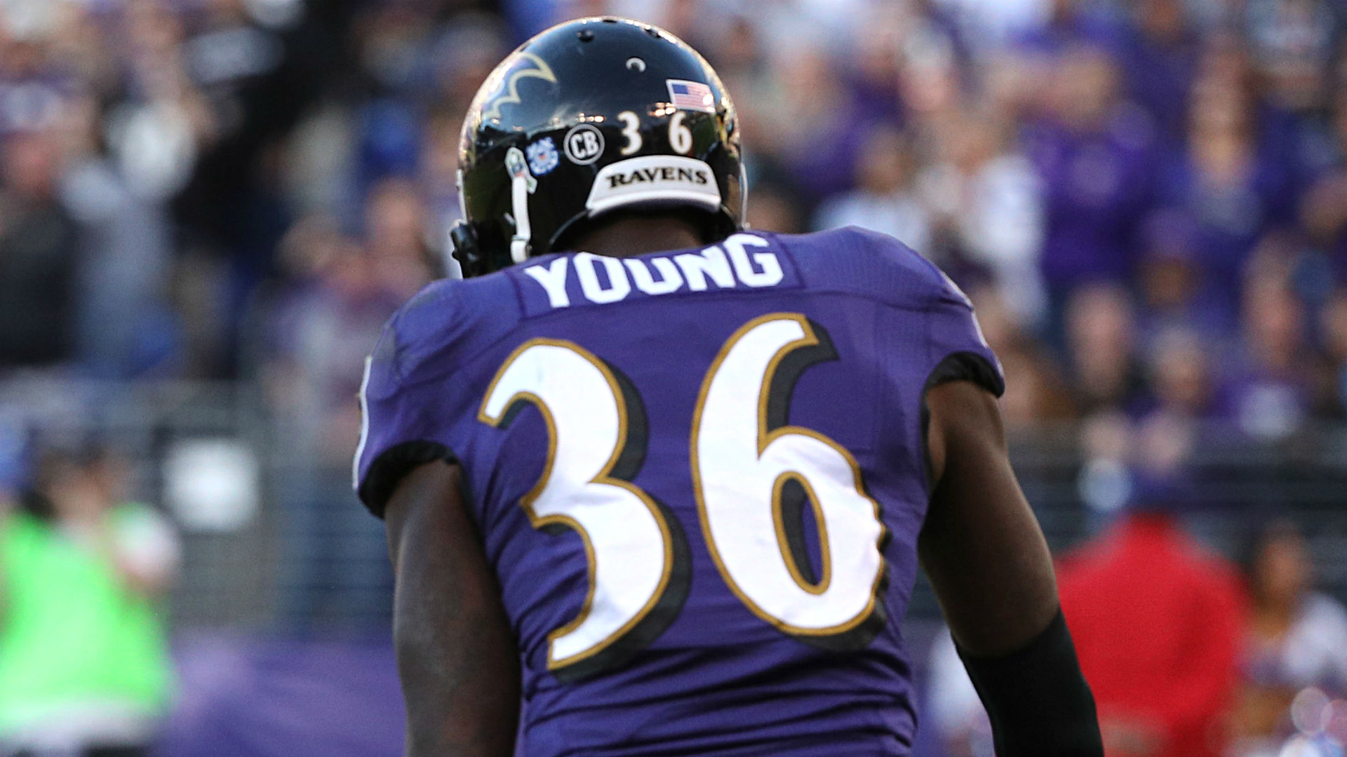 Ravens corner Young injures knee in practice