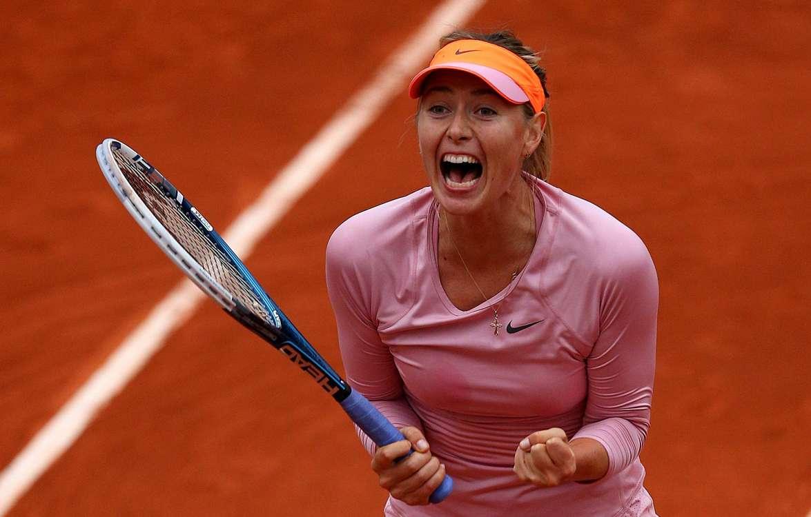 Sharapova fights back to book quarter-final spot
