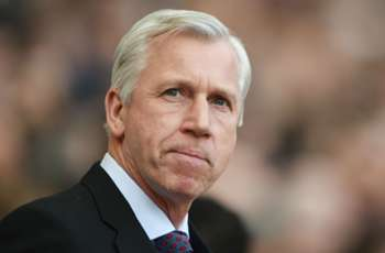 Pardew seeks Leicester inspiration for FA Cup final