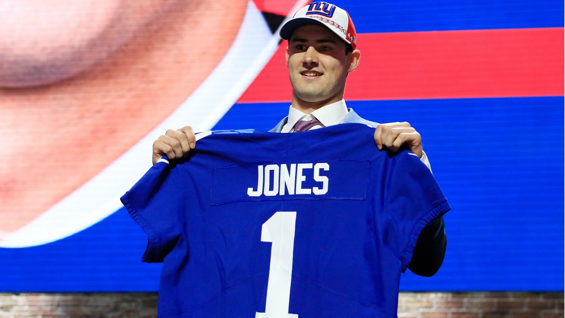Giants QB Daniel Jones not bothered by boos: 'I'm focused'