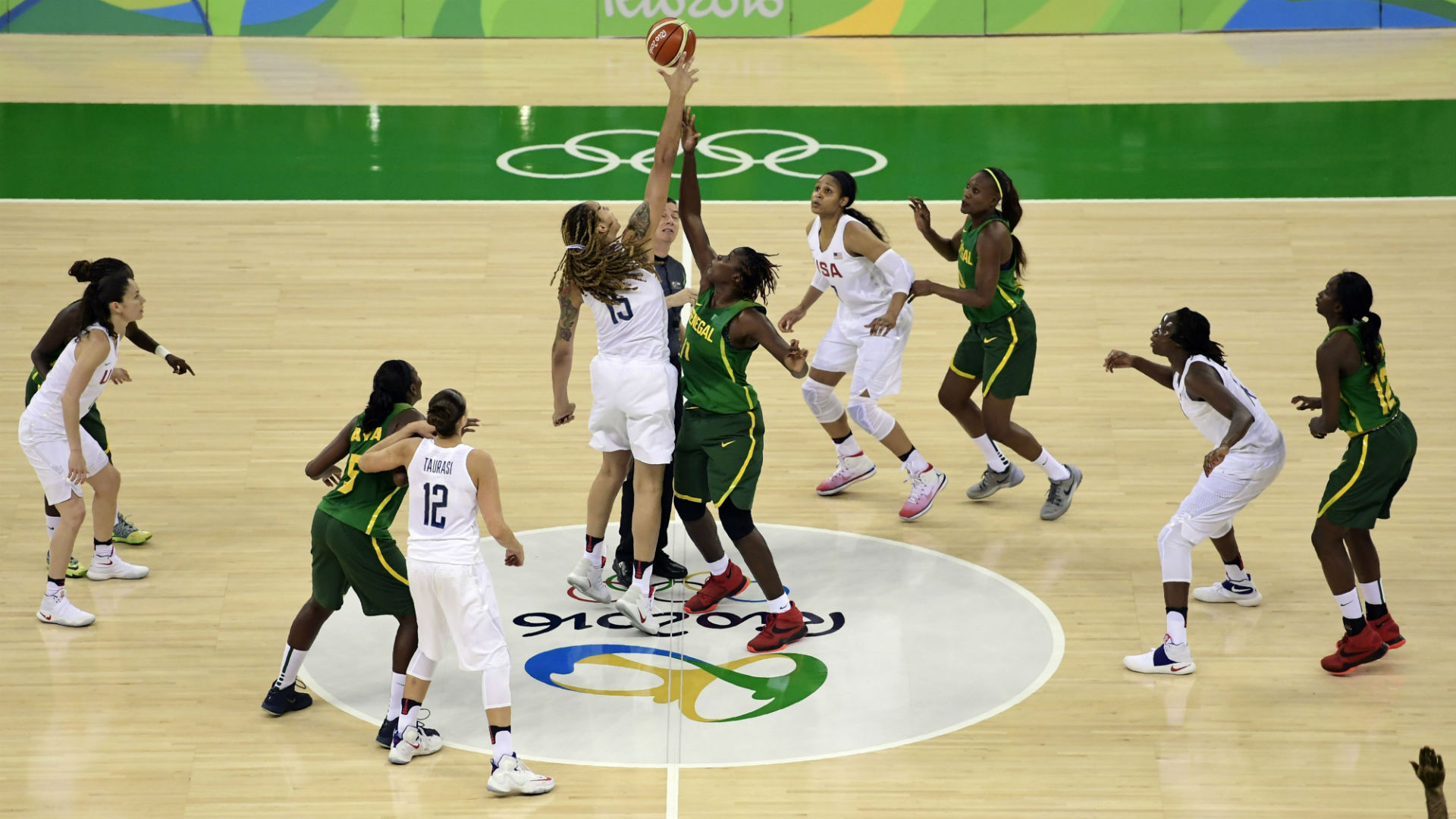 Rio Olympics 2016: Team USA Routs Senegal 121-56 To Open Olympics