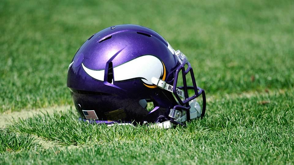 vikings-helmet-041615-usnews-getty-ftr