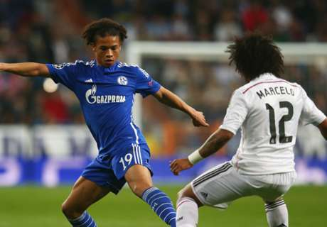Schalke starlet Sane signs new contract