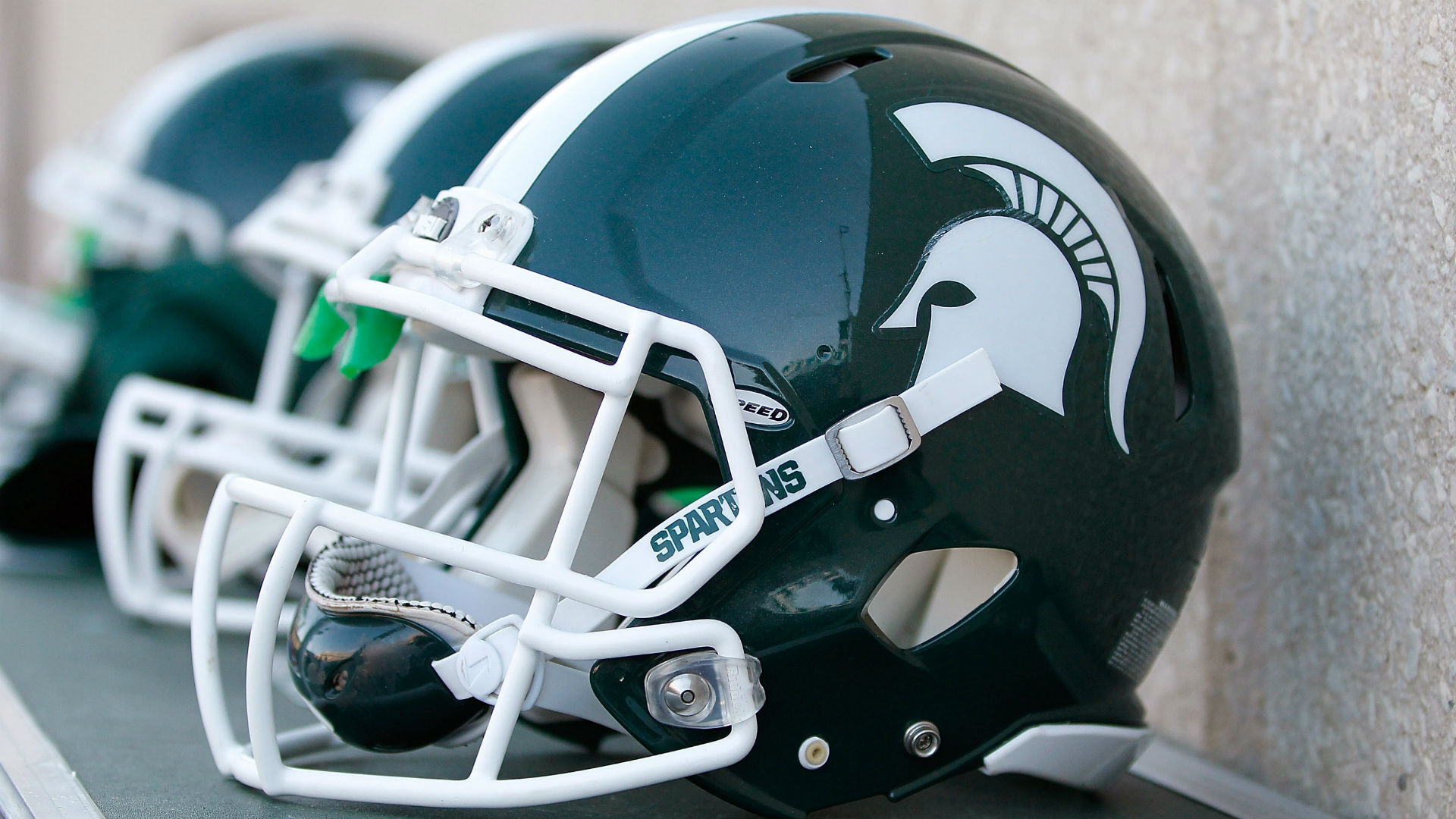 Michigan State recruit Donovan Winter couldn't sign after being arrested