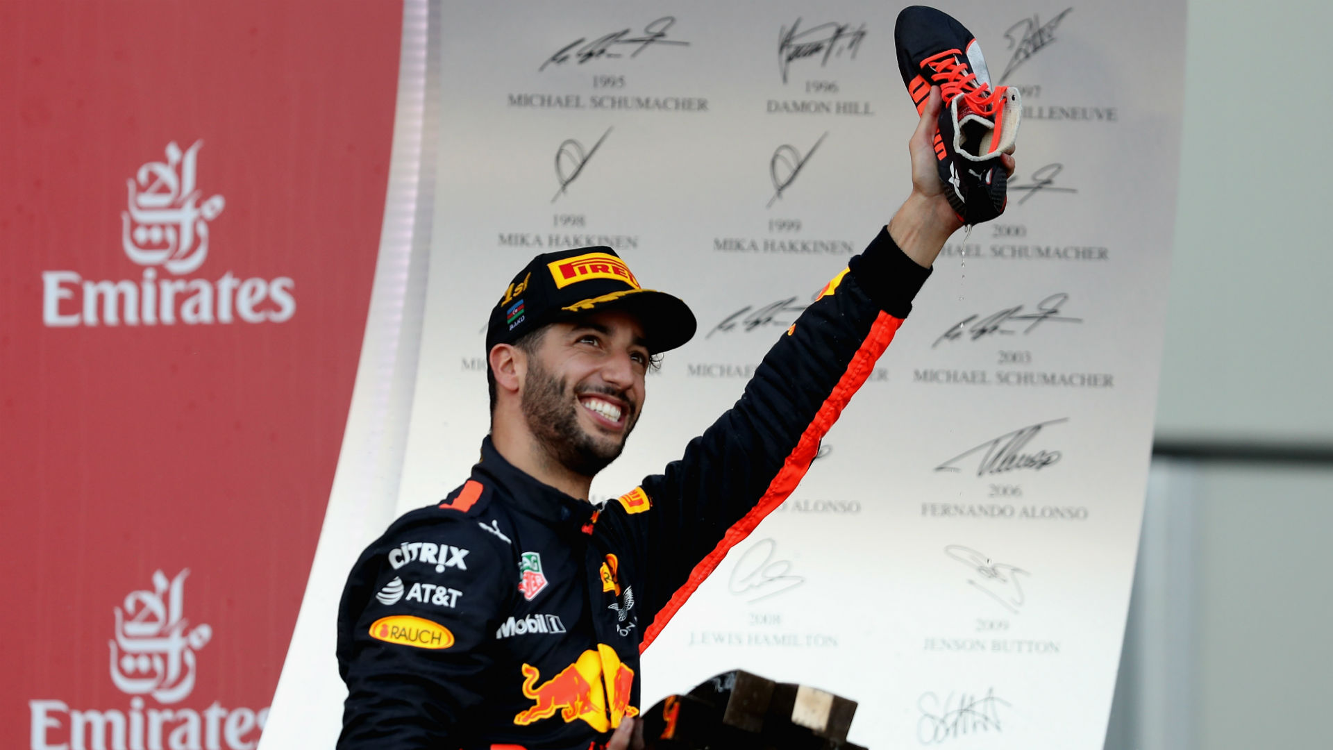 Ricciardo: Vettel does not think before he acts