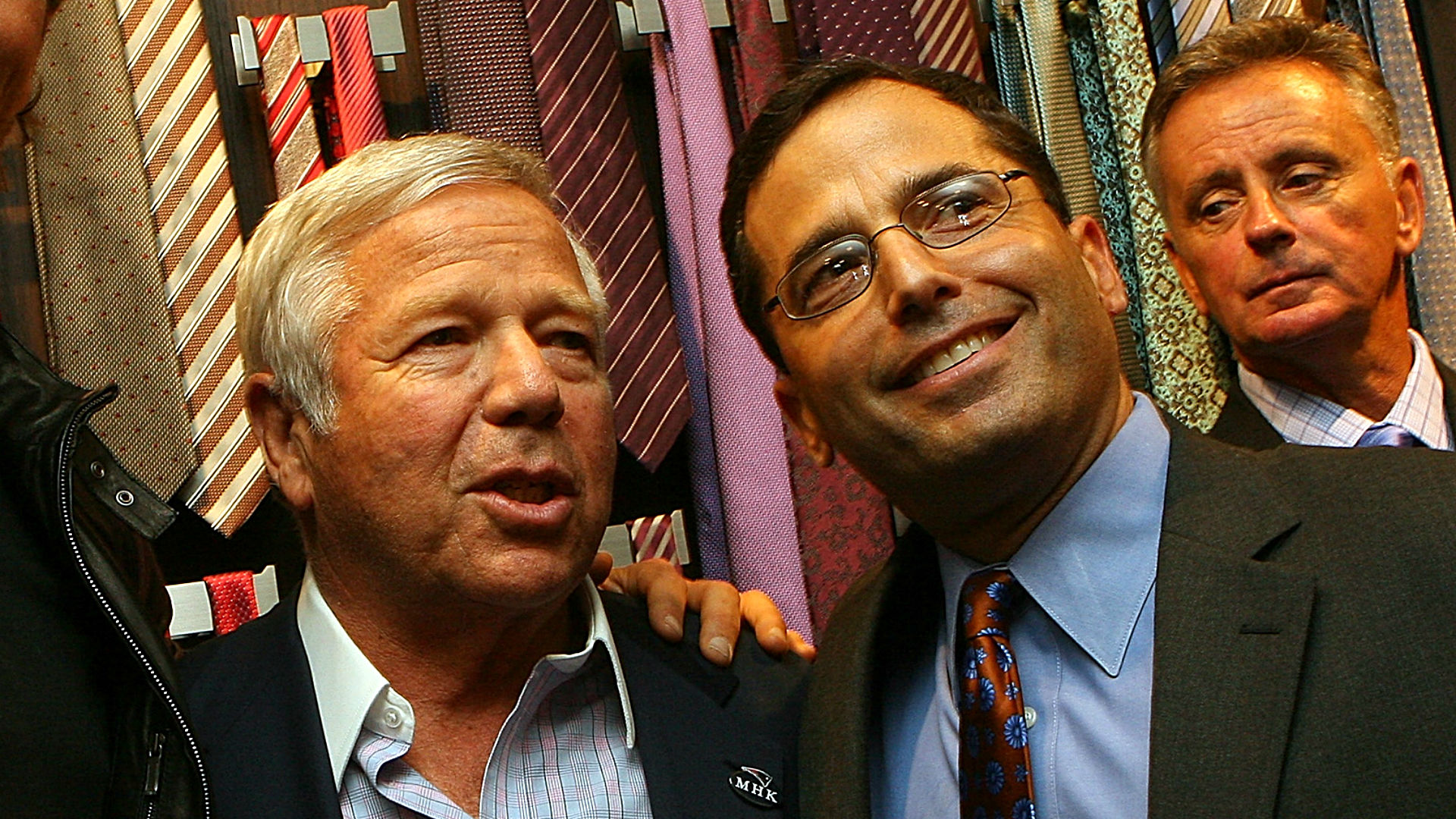 Robert Kraft's son takes jab at Jets