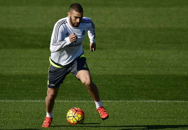 Benzema back in training ahead of Madrid derby