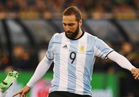غياب هيجواين واختيار إيكاردي في قائمة الأرجنتين