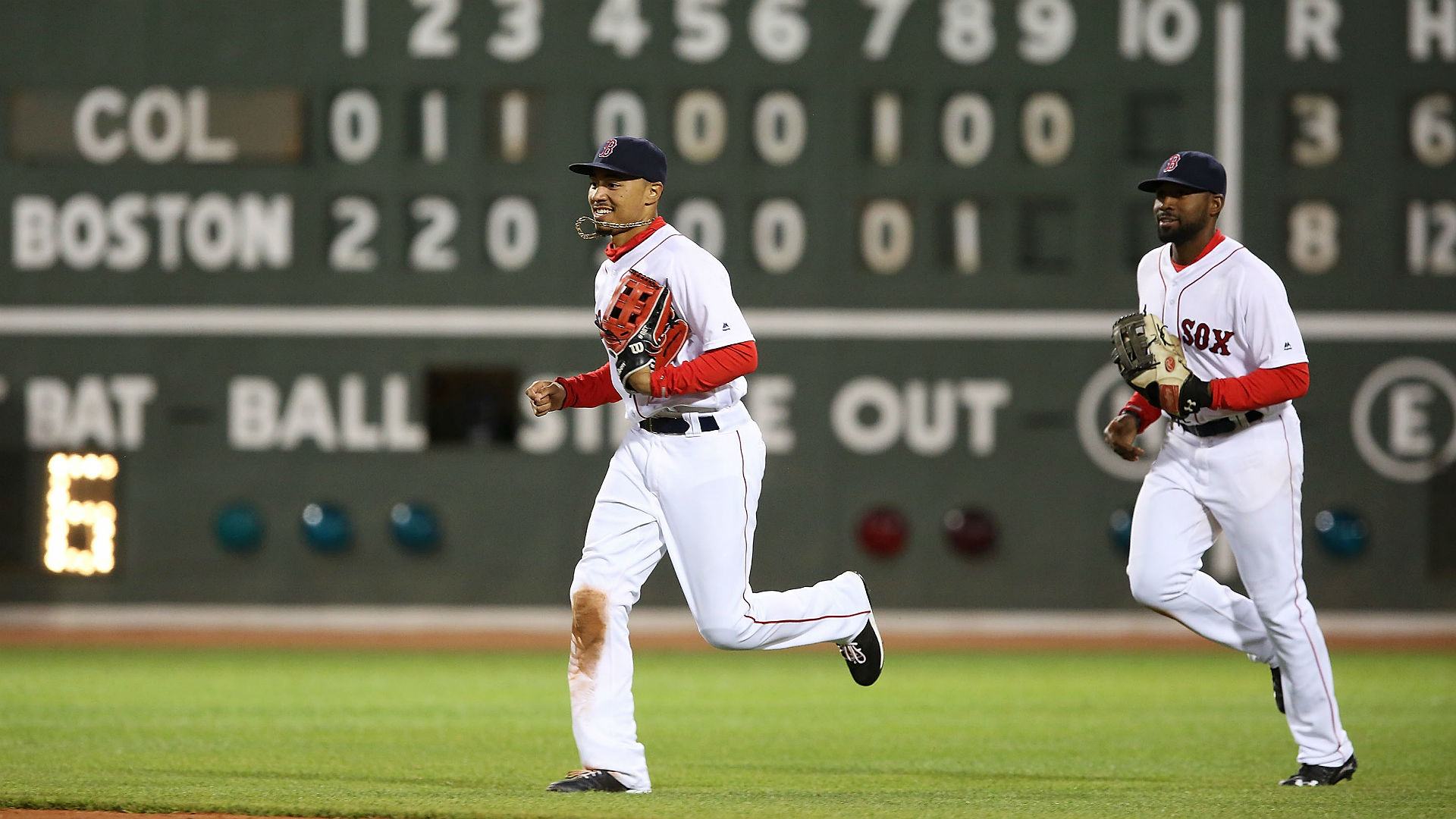 MLB announces 2018 Gold Glove Awards: Red Sox, Braves with three winners each