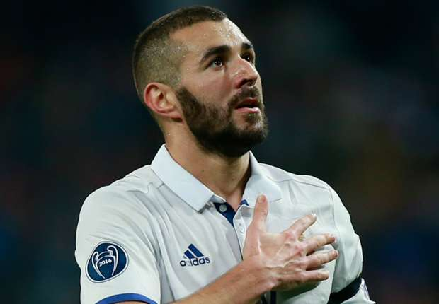Zidane backs Benzema to become stronger after criticism