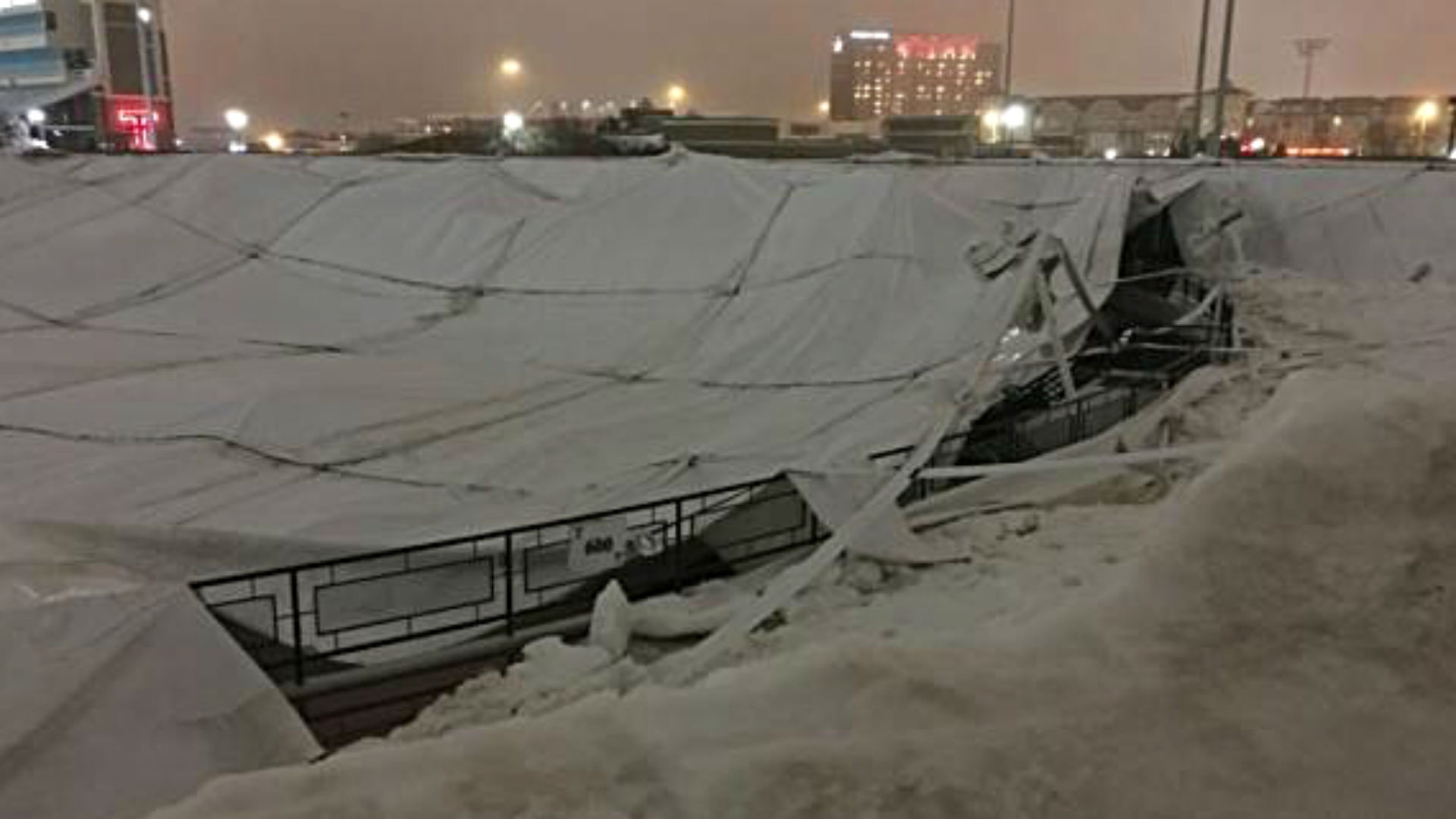 Texas Tech athletic center roof collapses