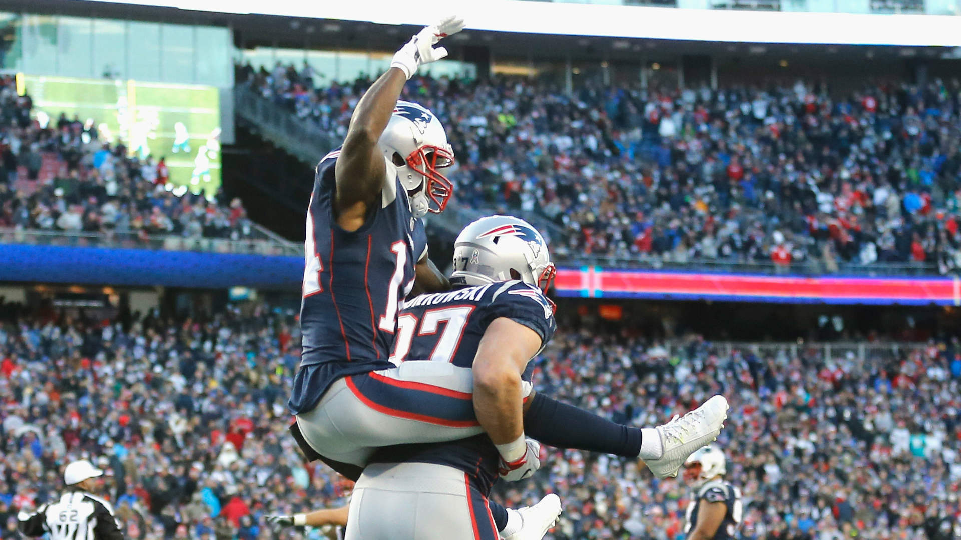 Rob Gronkowski Turns Into Brandin Cook's Horse In Hilarious TD Celebration