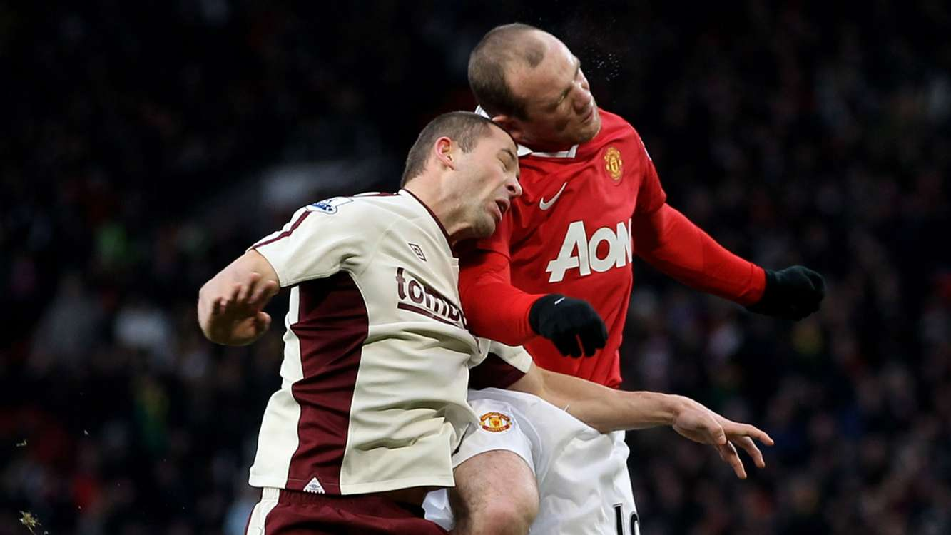 Rooney 'floored' by Bardsley in boxing video