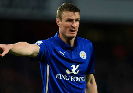 Official: Leicester sign Huth