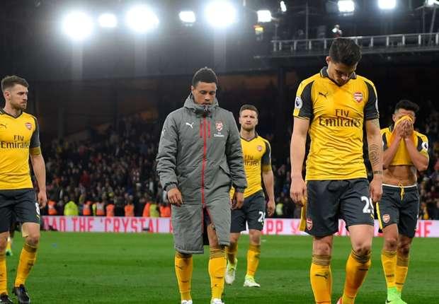 'That's not Arsenal at all' - Walcott slams lacklustre display