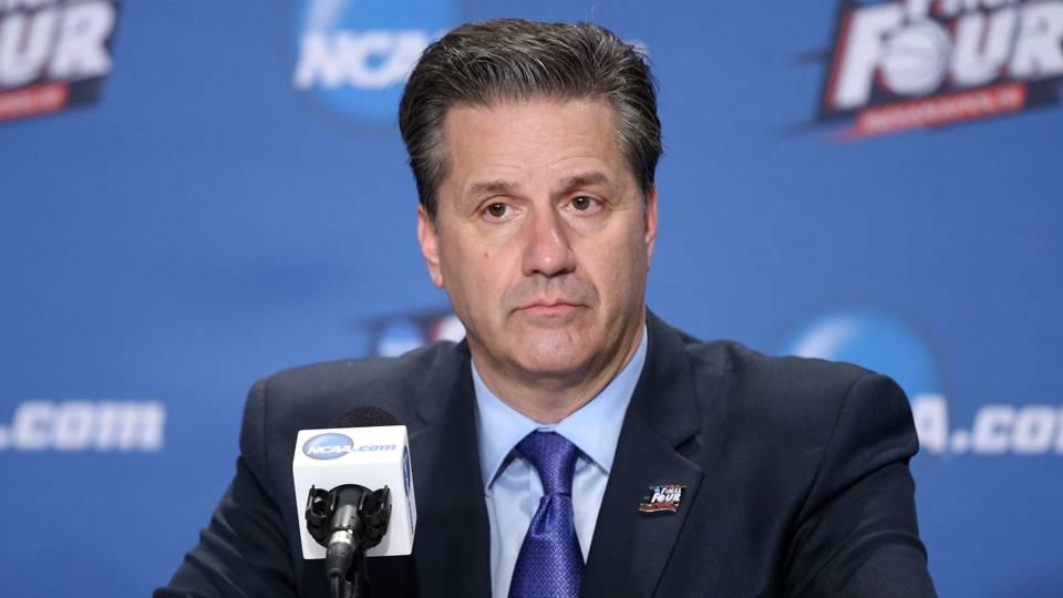 Uk Basketball: Kentucky's John Calipari Gets In Heated Exchange With
