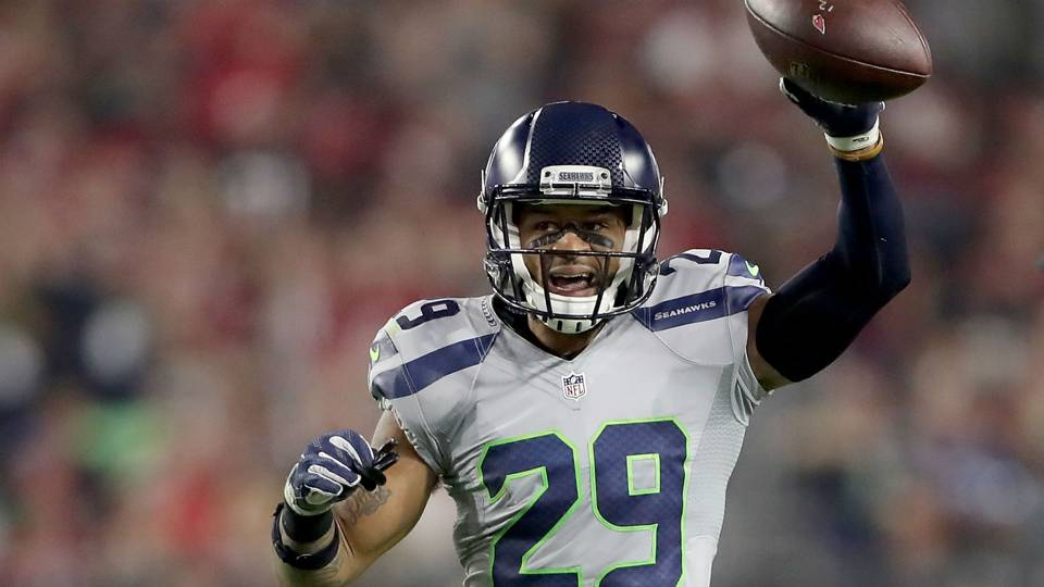 Earl Thomas was 'shocked' by Ravens deal