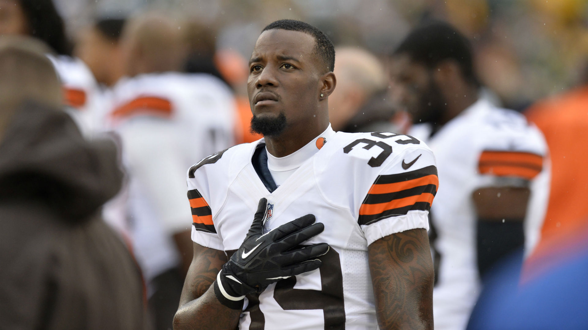 Pro Bowl safety Tashaun Gipson not showing up to Browns' OTAs