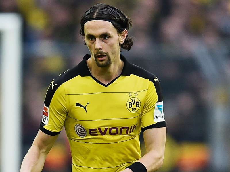 Subotic to Middlesbrough off as defender needs rib surgery
