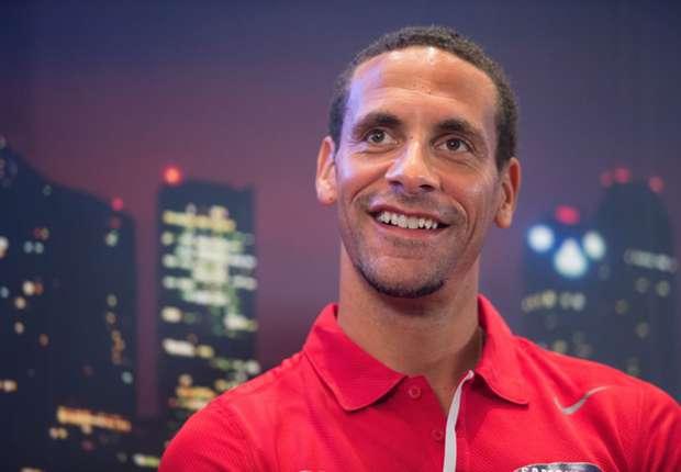 Rio Ferdinand reconoce que rechazó ofertas de Real Madrid y Barcelona