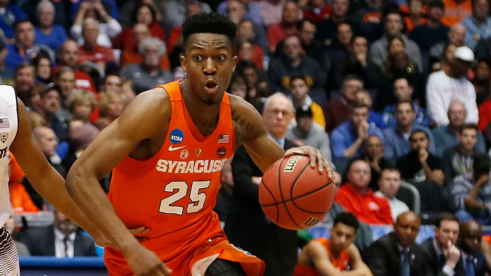 Syracuse tops TCU, 57-52, to advance again in Tournament