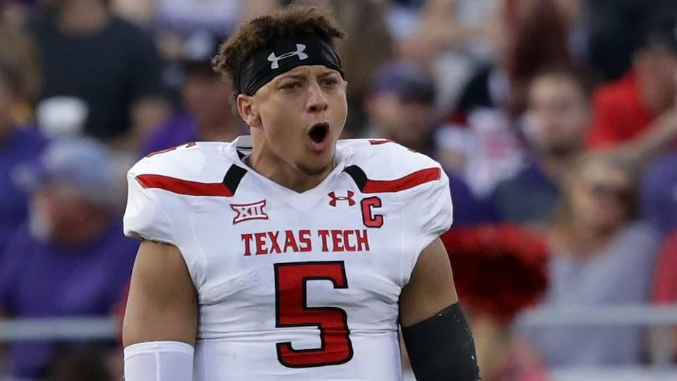 NFL Draft 2017  Chiefs move way up to take Texas Tech QB Patrick ... ca15f0503