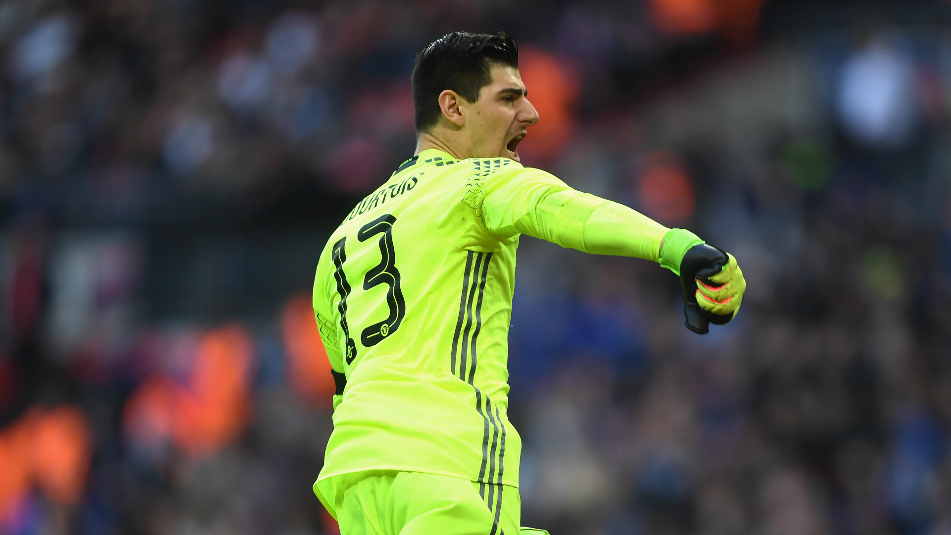 Courtois wants new Chelsea contract