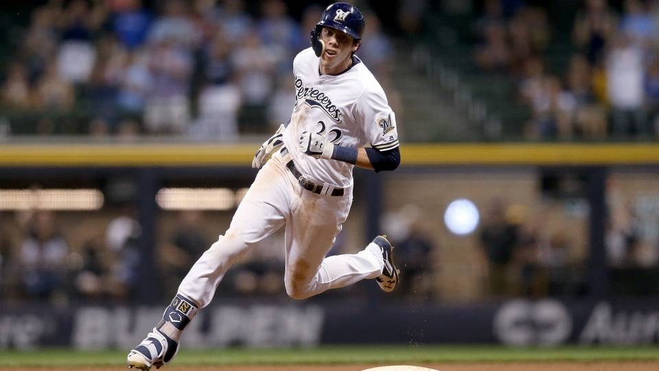 Brewers' Christian Yelich active Monday after elbow hit
