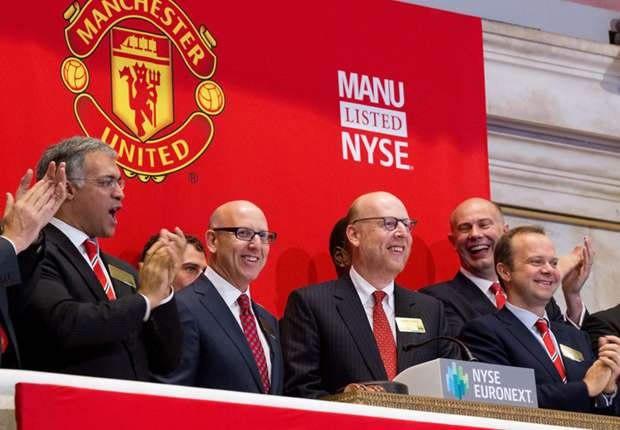 Glazers offer up eight million Manchester United shares