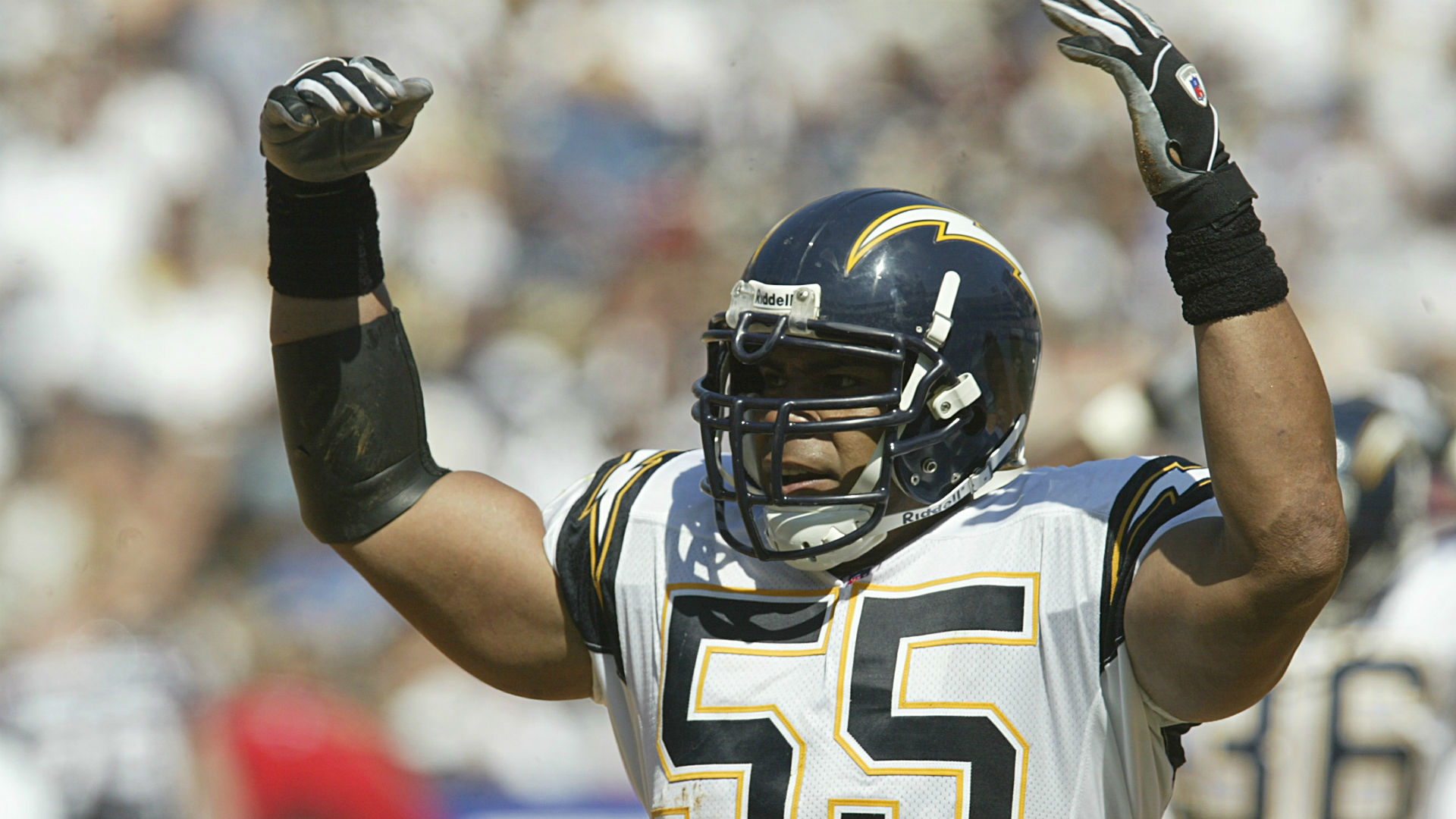 Junior Seau's daughter will speak at Hall of Fame induction