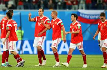 Russia 3 Egypt 1: Salah strikes but hosts right on course for last 16