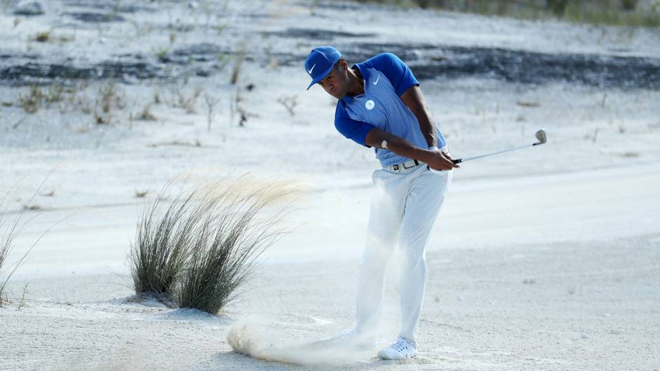 Hero World Challenge: Tony Finau's 5-under 67 springs him into 3-way tie for lead