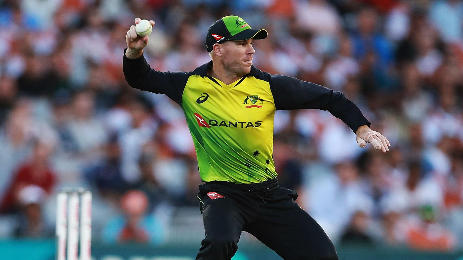 Agar stars as Australia claim tri-series honours