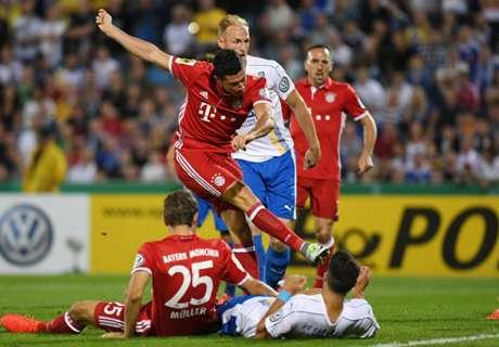 Lewa hat-trick fires Bayern