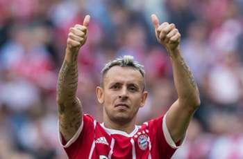 Rafinha finalises Bayern Munich contract extension