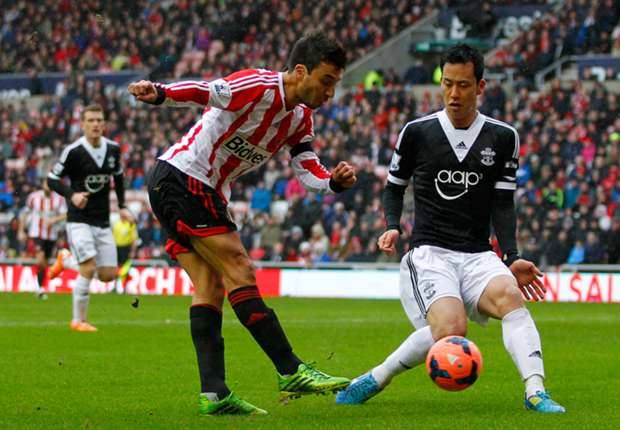 Sunderland's Scocco dreaming of World Cup place
