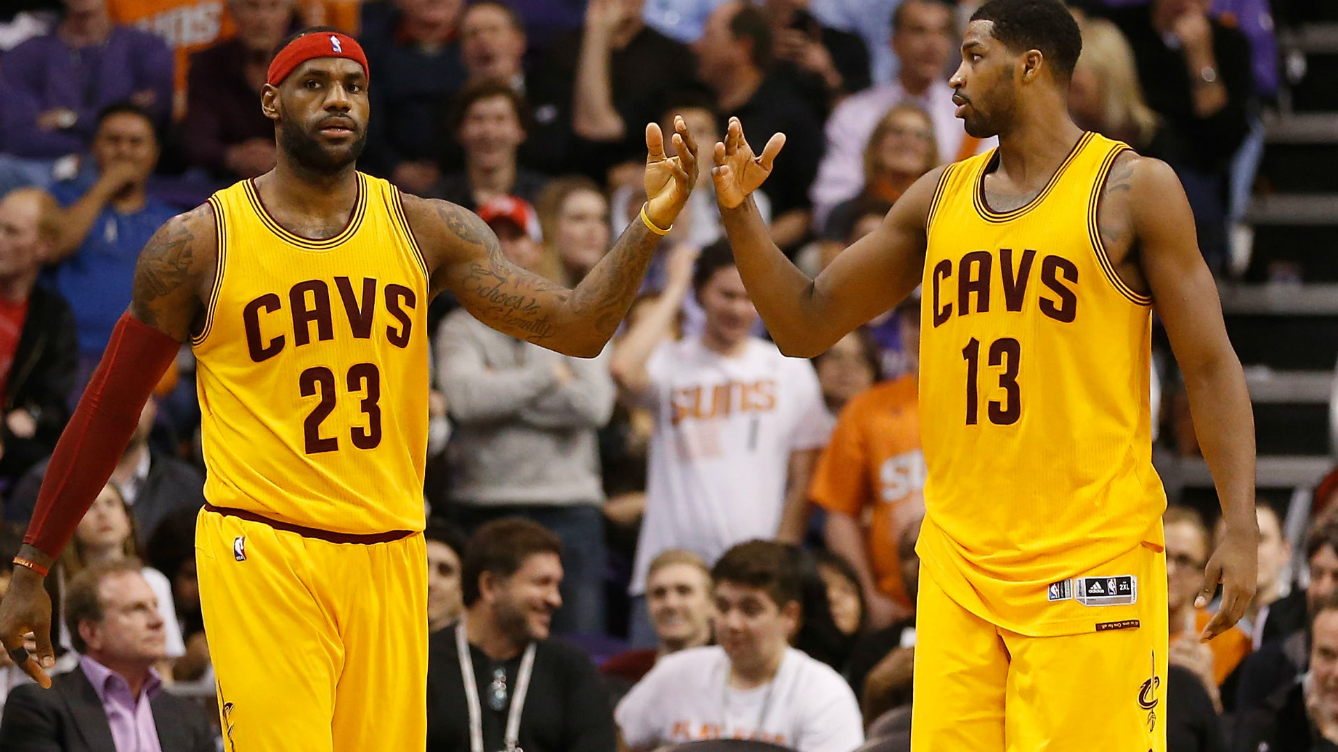 Report: LeBron James won't talk to Cavs until they re-sign Tristan Thompson