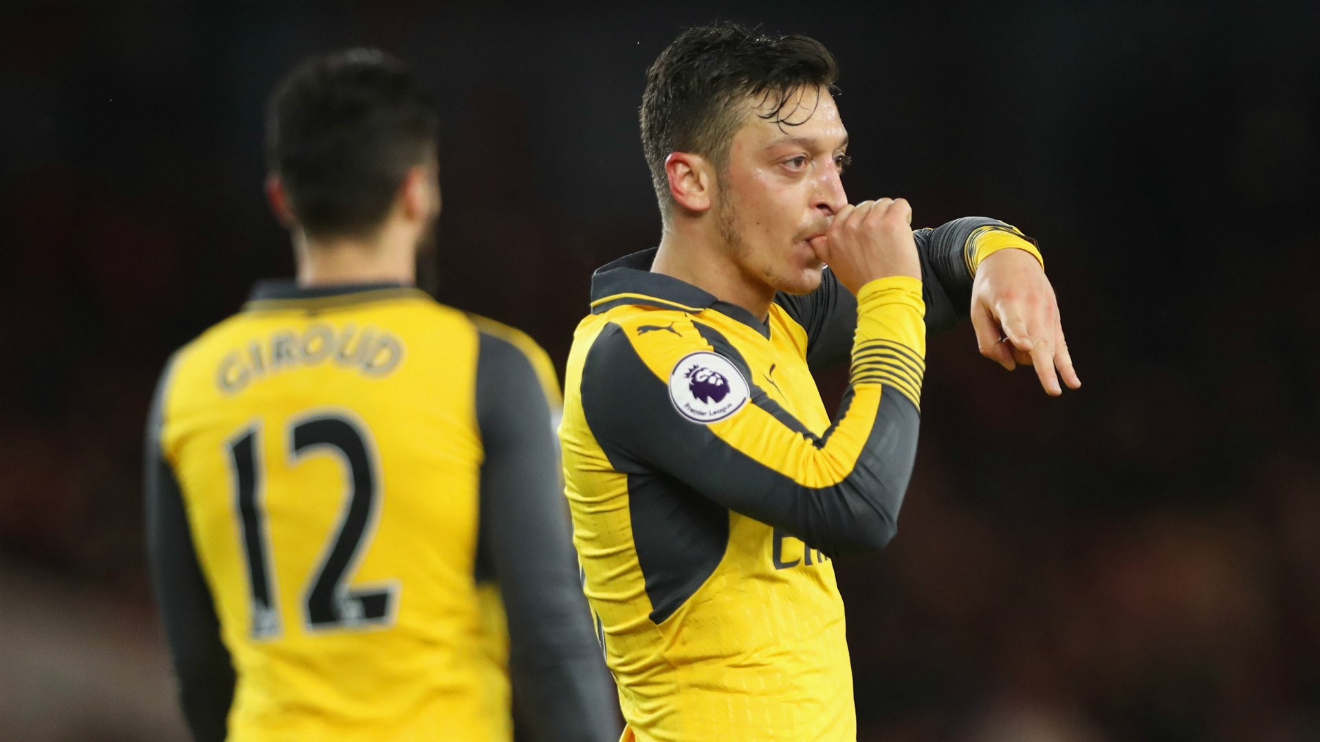 Arsenal keep Champions League hopes alive with Boro win