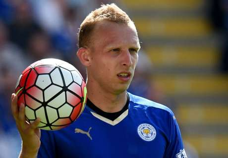 De Laet shows off his haul