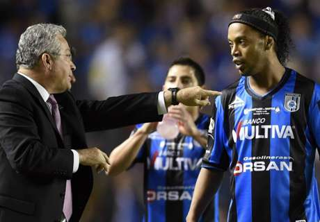 VIDEO: Ronaldinho goal disallowed