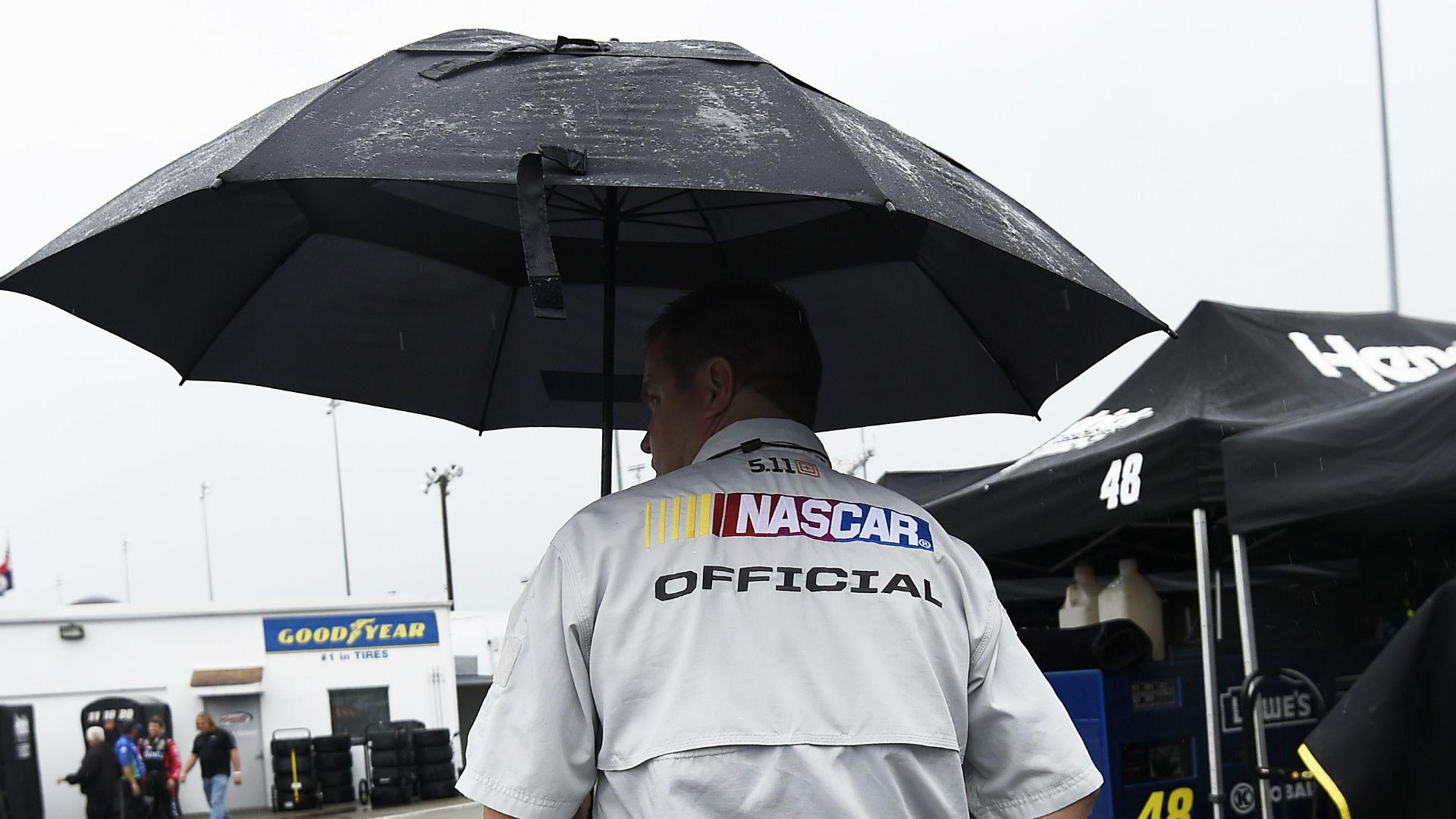 NASCAR at Bristol: Rain postpones Food City 500 until Monday