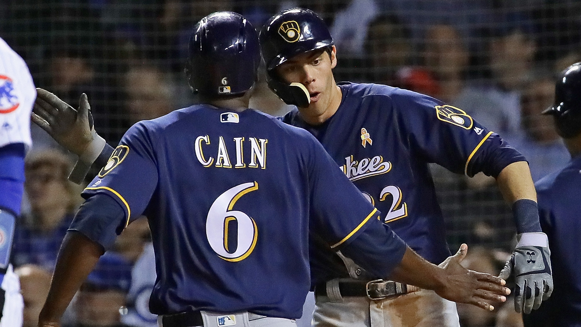 MLB wrap: Brewers cut Cubs' lead to 1 game; Rockies keep NL West lead with dramatic walkoff
